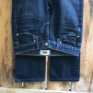 PAIGE Skyline Straight blue jeans size 25